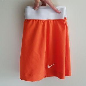 BNWOT Nike tennis skirt